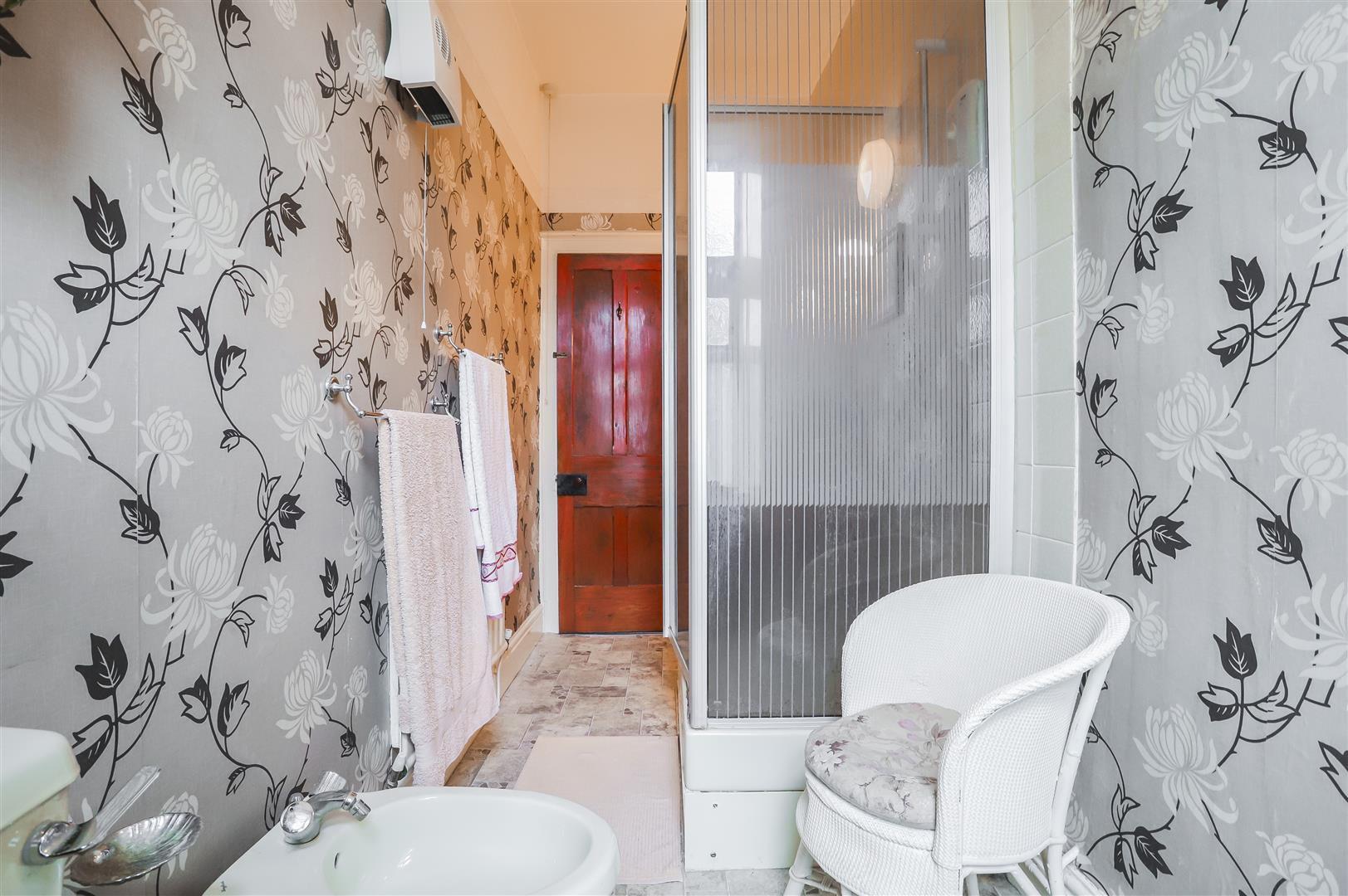 5 Bedroom Detached House For Sale - Image 61